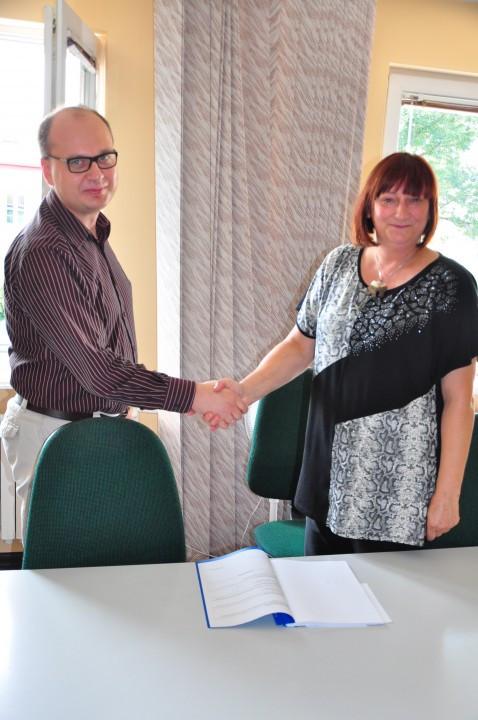 W Powiatowym Urzędzie Pracy zawarto projekt Umowy Partnerskiej - Zdjęcie główne