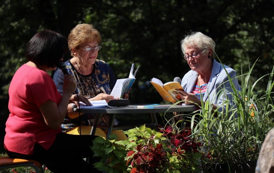 Narodowe Czytanie w kutnowskiej bibliotece [ZDJĘCIA] - Zdjęcie główne