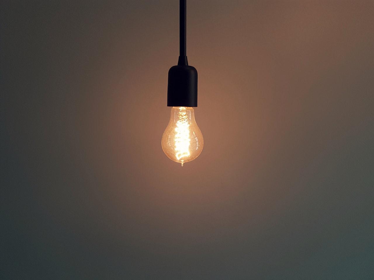 Żarówki LED H7 – gdzie szukać mocnych żarówek? - Zdjęcie główne