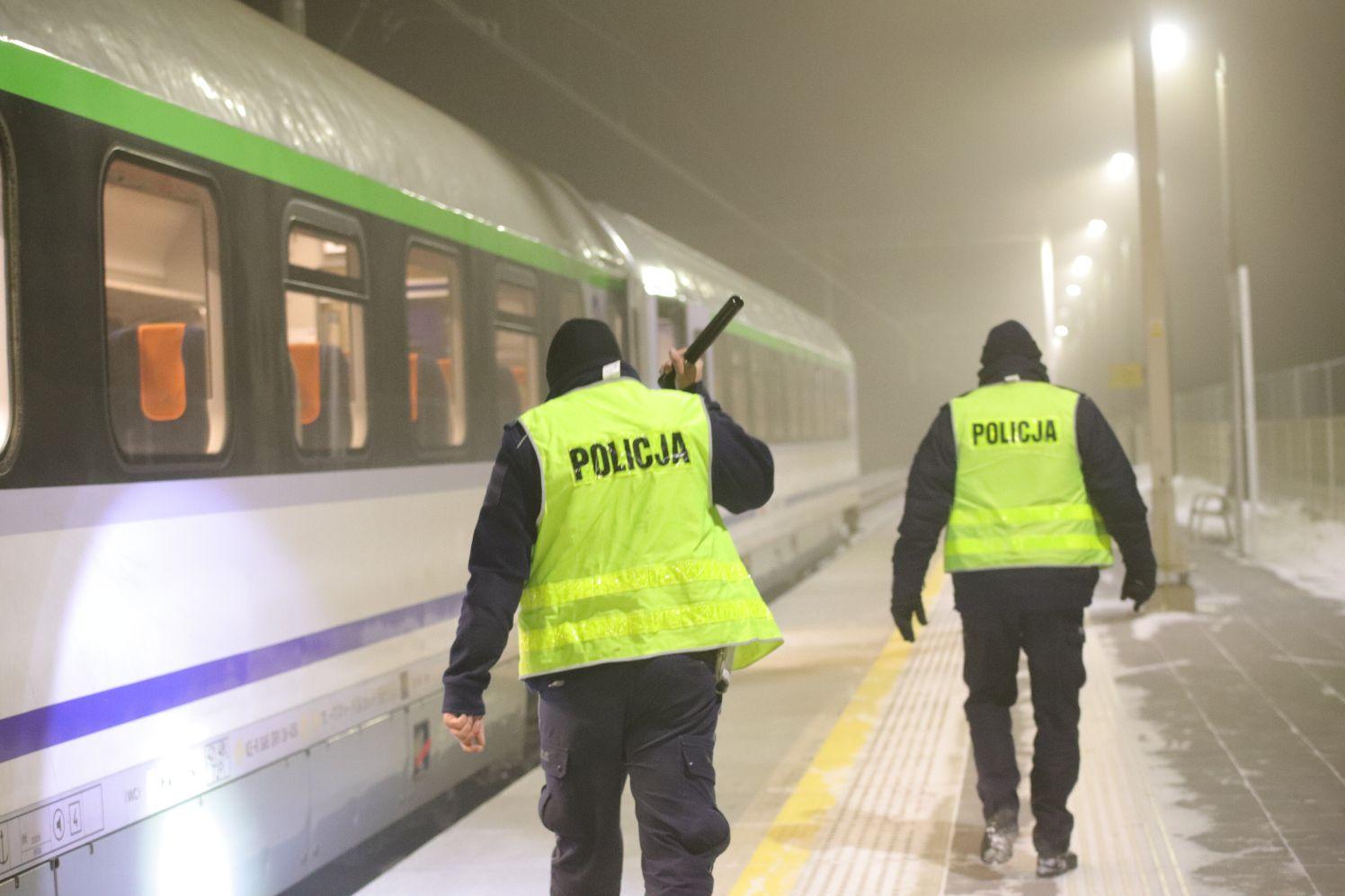 [FOTO] Śmierć na torach. Pociąg potrącił mężczyznę - Zdjęcie główne