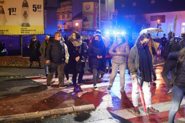 Kolejny protest kobiet w Kutnie. Będą blokować przejścia dla pieszych - Zdjęcie główne