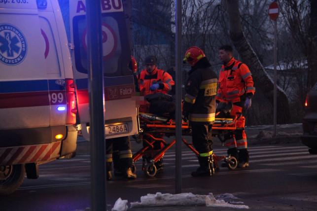 [ZDJĘCIA] Wypadek na Łęczyckiej. Gigantyczne utrudnienia na wiadukcie! - Zdjęcie główne