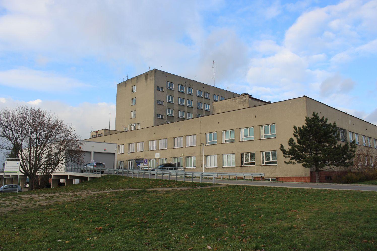 Będzie rozbudowa budynku kutnowskiego szpitala! W grze duże miliony! - Zdjęcie główne