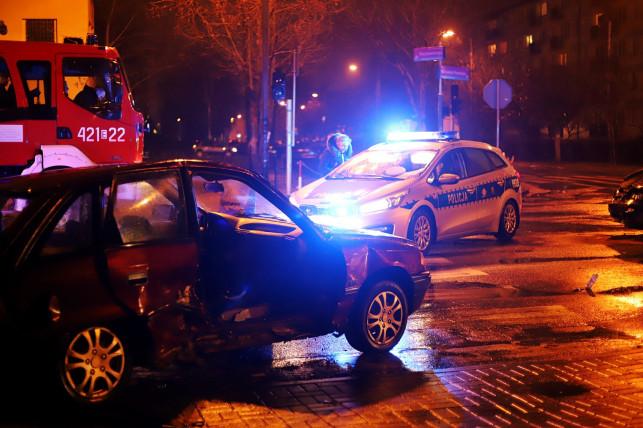 [ZDJĘCIA/AKTULIZACJA] Groźny wypadek w centrum - są ranni! - Zdjęcie główne