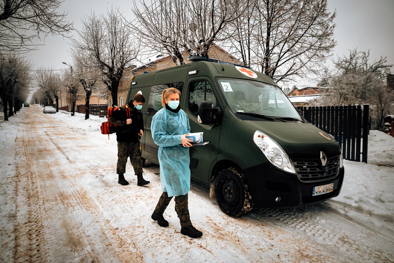 [ZDJĘCIA] Wojsko pomaga w szczepieniach przeciwko COVID-19 - Zdjęcie główne