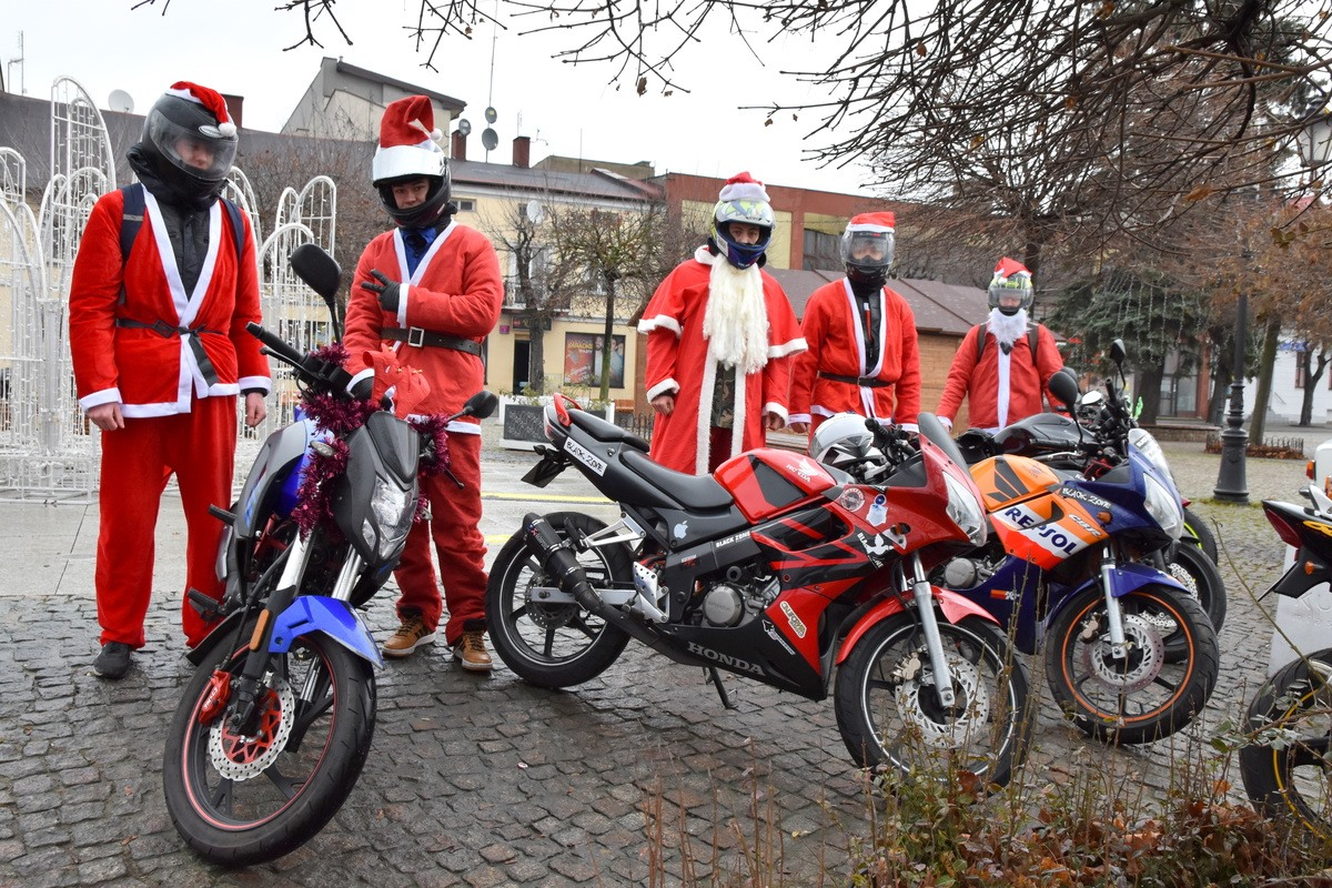 Kutnowscy Motocykliści pomagają dzieciakom. Trwa zbiórka słodyczy i zabawek - Zdjęcie główne