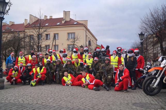 MotoMikołaje opanowali Kutno - a wszystko po to, by pomagać! - Zdjęcie główne