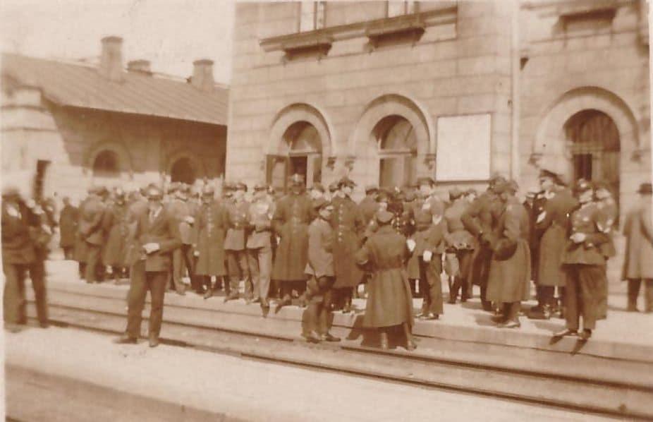[FOTO] Marszałek Piłsudski na kutnowskim dworcu. Zobacz, jak witano Naczelnika Państwa! - Zdjęcie główne