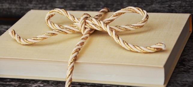 Mikołajkowa wymiana książek - Zdjęcie główne
