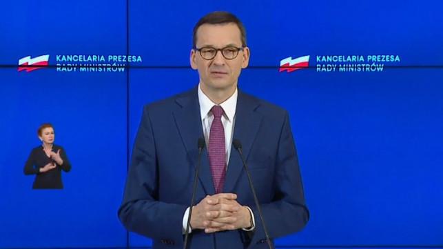 [WIDEO, NA ŻYWO] Trwa konferencja Morawieckiego i Szumowskiego. Rząd znosi kolejne obostrzenia - Zdjęcie główne