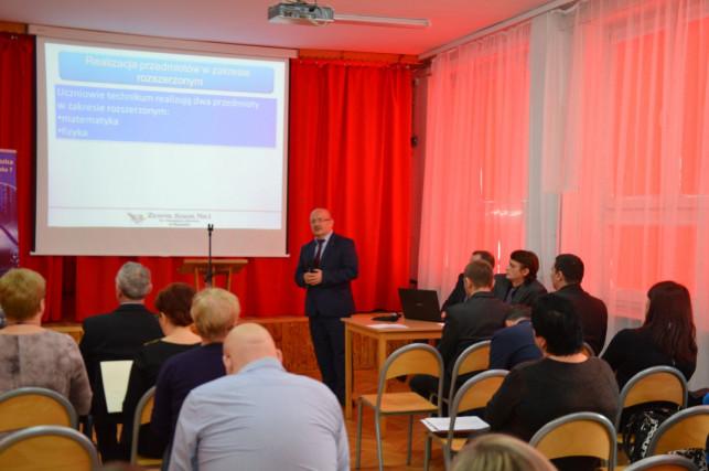 Konferencja w ZS nr 1 im. St. Staszica - Zdjęcie główne
