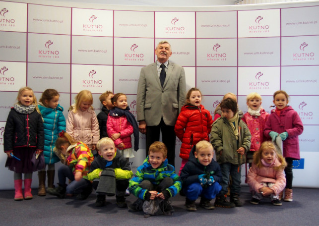 Pięciolatki w Urzędzie Miasta  - Zdjęcie główne
