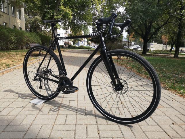 Jaki rower gravelowy wybrać? Informacje w pigułce - Zdjęcie główne