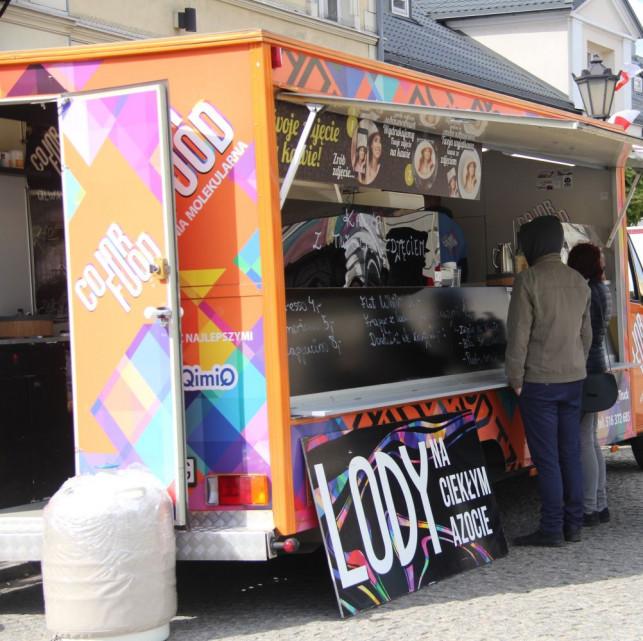 Food trucki na Placu Wolności: będzie można zjeść i.... spisać się w NSP - Zdjęcie główne