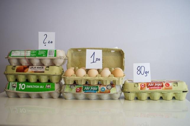"""To są jaja! Ceny rosną z tygodnia na tydzień. """"Będziemy płacić po 2 zł za sztukę """"? - Zdjęcie główne"""