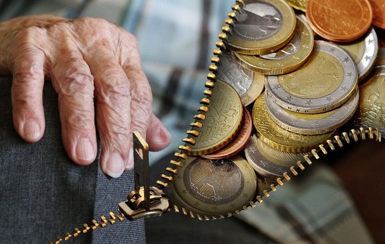 Czternasta emerytura 2021. Znamy terminy i kwoty wypłat! - Zdjęcie główne