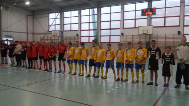 Uczniowie szkół specjalnych rozegrali Turniej Mikołajkowy - Zdjęcie główne