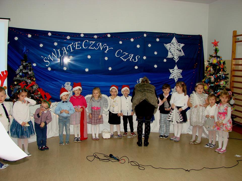 Świąteczne występy przedszkolaków z Grabowa - Zdjęcie główne