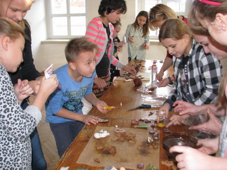 Mikołajkowe warsztaty w Domu Kultury - Zdjęcie główne