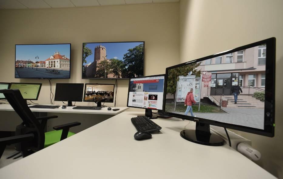 Urząd Miejski przenosi się do internetu - Zdjęcie główne