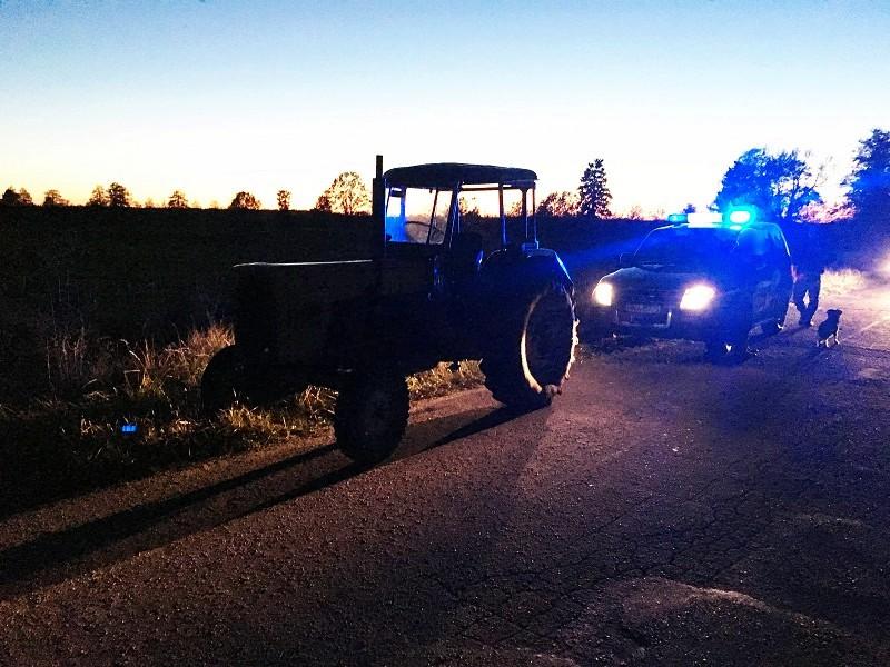 Traktorzysta z czterema promilami - Zdjęcie główne