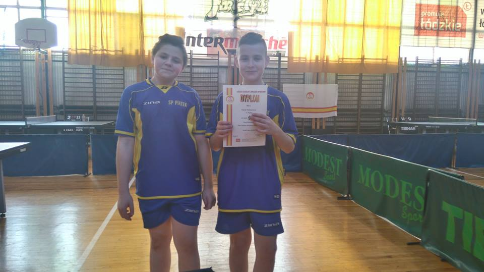 IX miejsce w Wojewódzkim Turnieju Tenisa Stołowego SP dla uczniów z Piątku - Zdjęcie główne