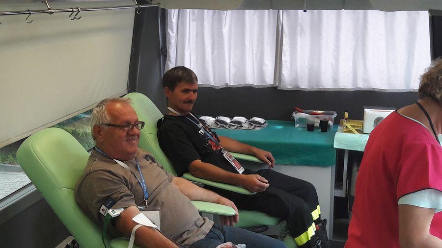 Ponad 400 litrów krwi dla uczczenia policji - Zdjęcie główne
