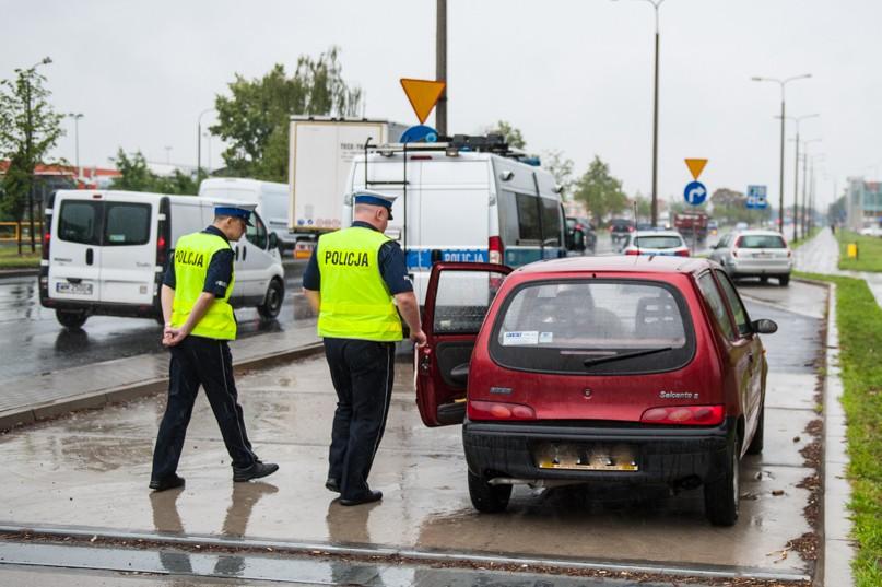 Cztery kolizje i trzech nietrzeźwych kierowców - Zdjęcie główne