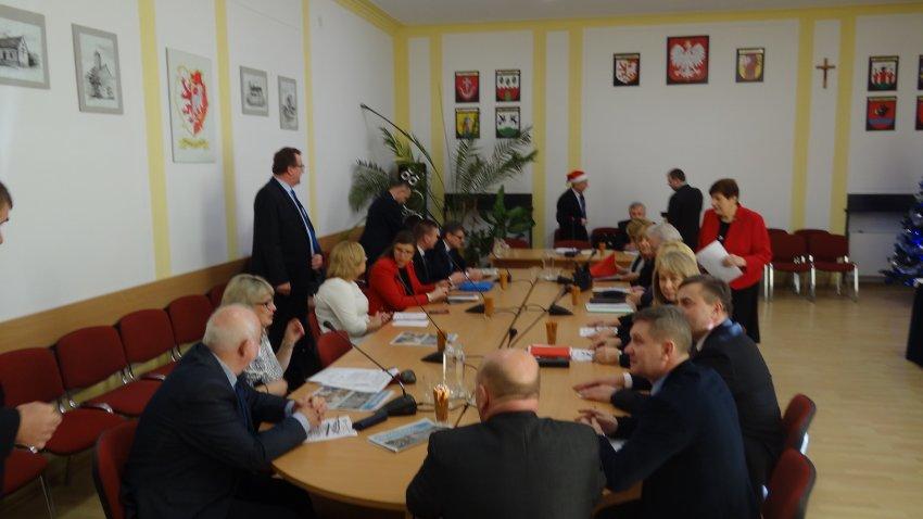 XXI Sesja Rady Powiatu Łęczyckiego - Zdjęcie główne