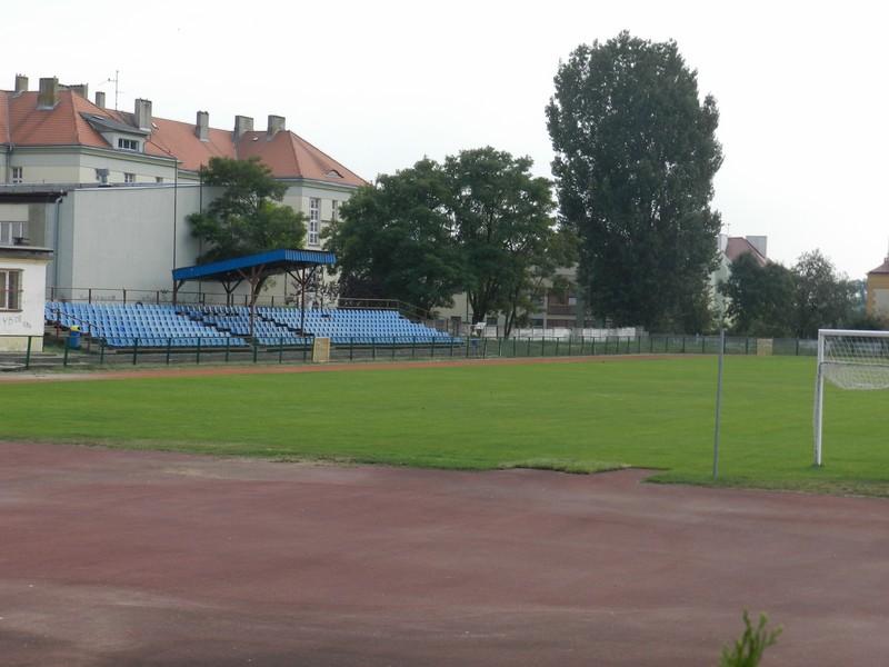 Stadion, który łączy i dzieli. Brak porozumienia między stowarzyszeniami sportowymi - Zdjęcie główne
