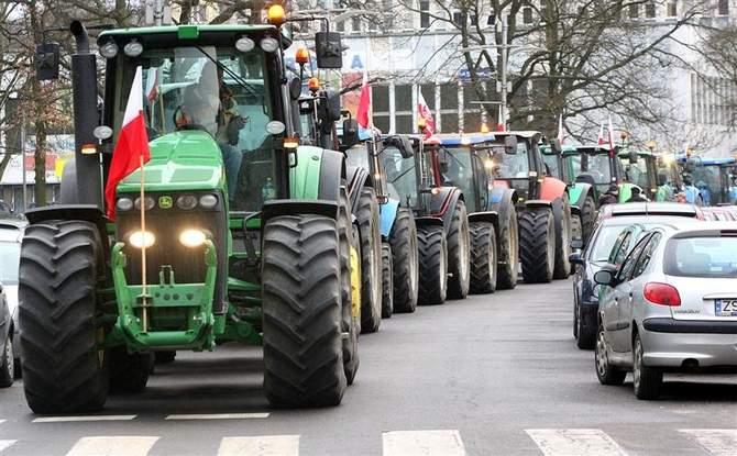 200 traktorów zablokuje drogi. Rolnicy szykują wielki protest - Zdjęcie główne