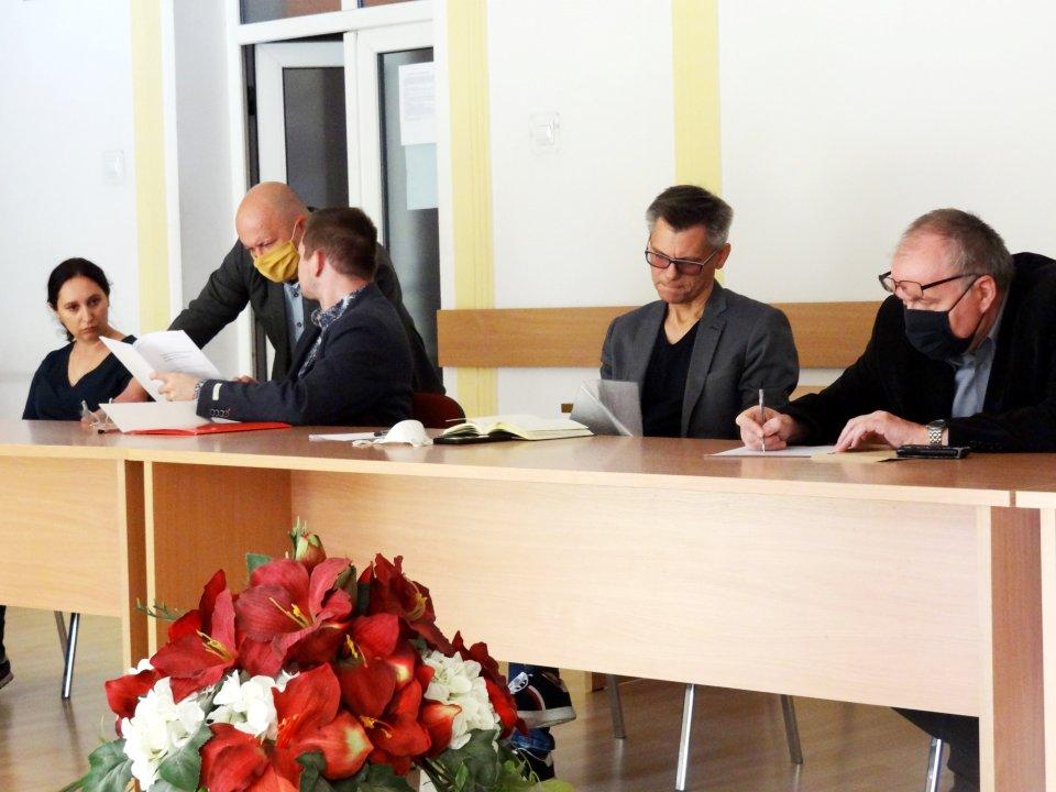 Rozmowy dyrektorów szkół z PKS w Łęczycy - Zdjęcie główne