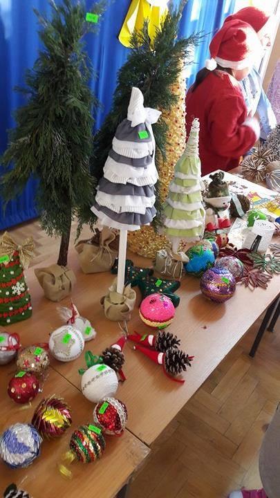 Kiermasz świąteczny w SP Błonie - Zdjęcie główne