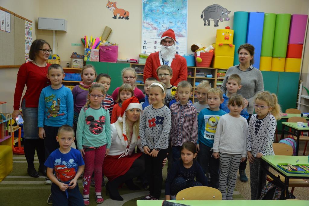 Święty Mikołaj odwiedził przedszkolaki [GALERIA] - Zdjęcie główne