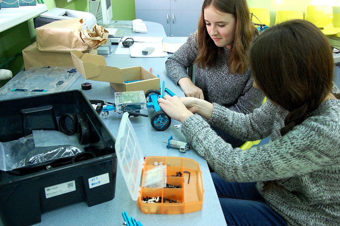 Trwają przygotowania do Międzynarodowego Turnieju Robotów  - Zdjęcie główne