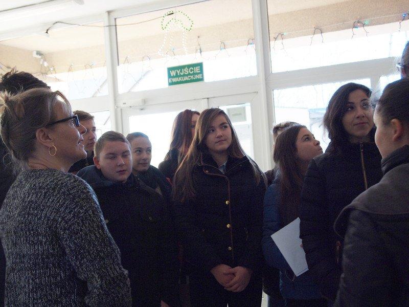 Gimnazjaliści z wizytą w Urzędzie Gminy - Zdjęcie główne