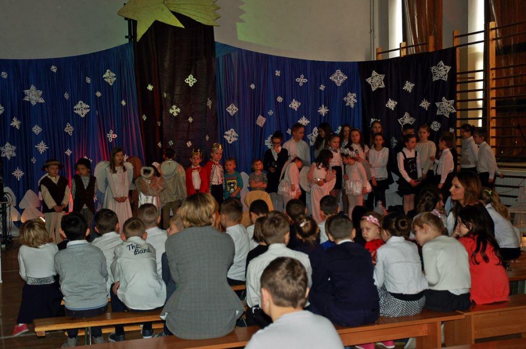 Jasełka Bożonarodzeniowe w Szkole Podstawowej w Sobótce Starej - Zdjęcie główne