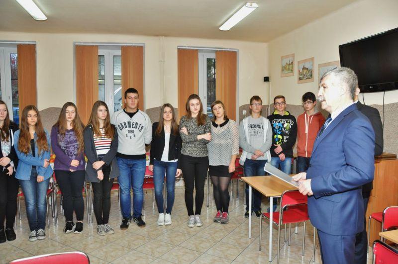 Burmistrz podziękował łęczyckim gimnazjalistom - Zdjęcie główne