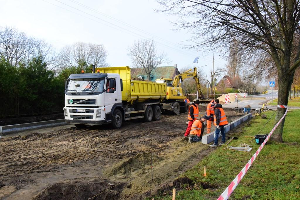 Ruszyła budowa wyczekiwanej drogi w Łęczycy - Zdjęcie główne