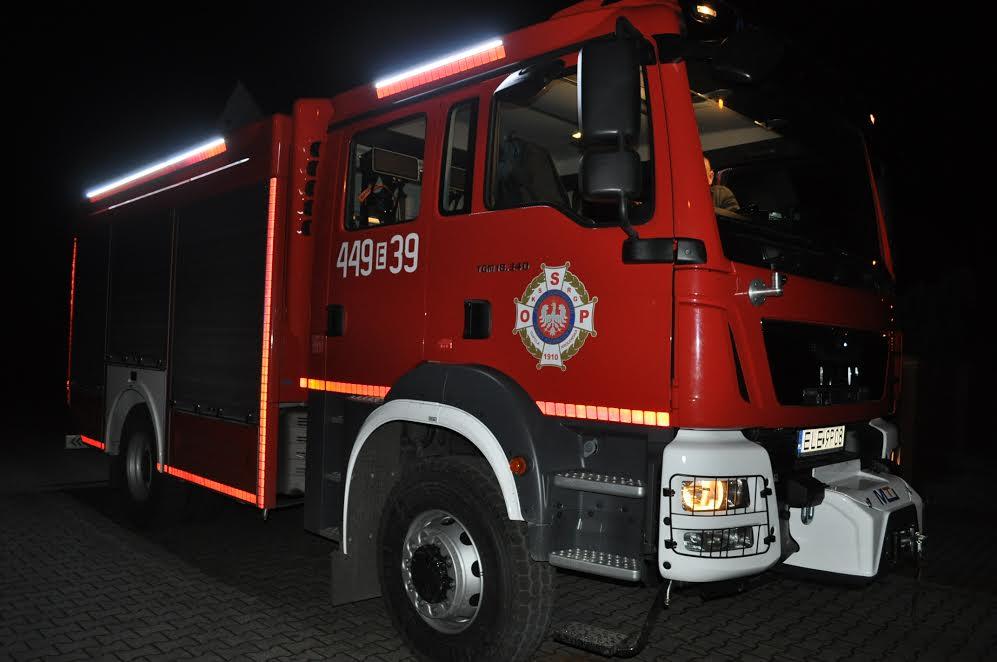 Nowy wóz strażacki dla OSP Topola Królewska - Zdjęcie główne