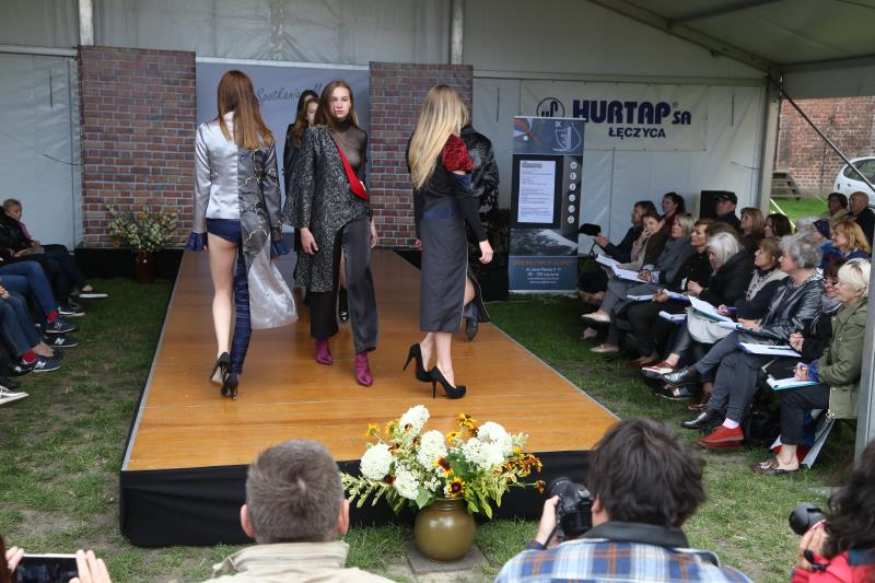 [ZDJĘCIA] Piękno na wybiegu: XXIV Spotkania z Modą na Zamku - Zdjęcie główne