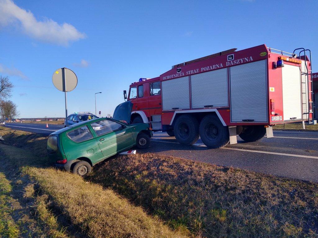 Wypadek na DK91. Sprawca uciekł, jedna osoba w szpitalu! - Zdjęcie główne