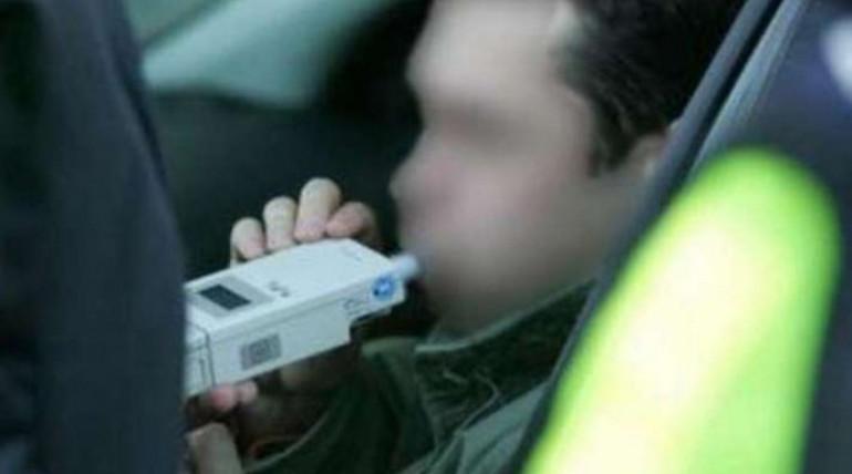 Wpadł kierowca z promilami i zakazem jazdy - Zdjęcie główne