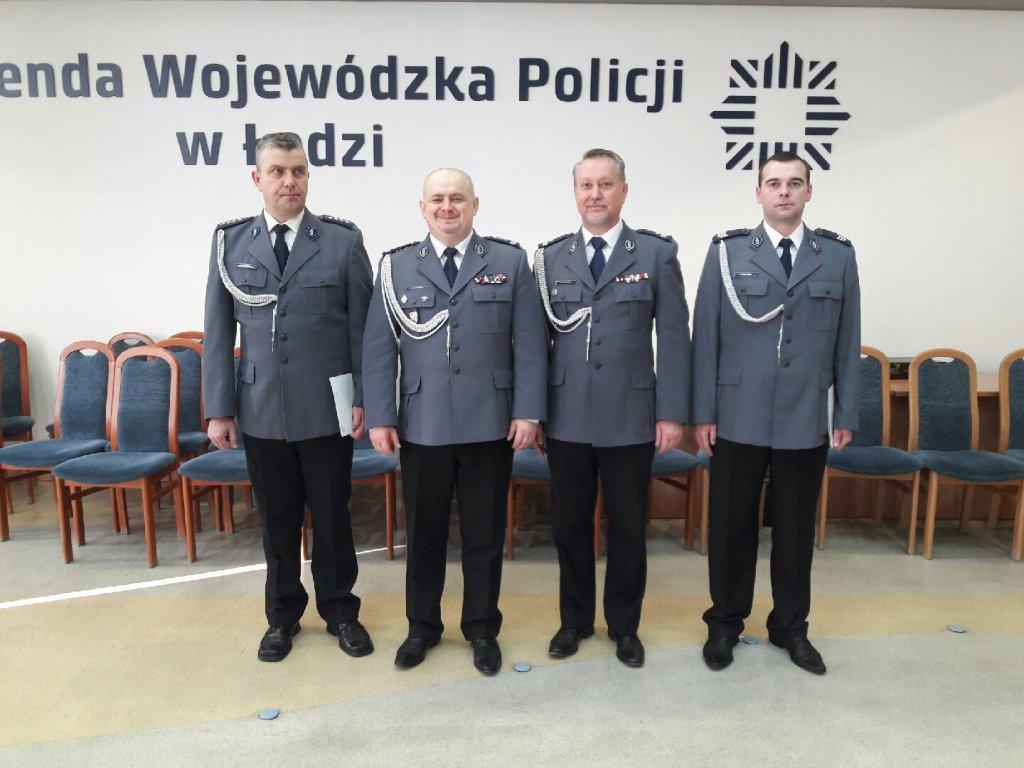 Komendant Wojewódzki nagrodził policjantów z Łęczycy - Zdjęcie główne