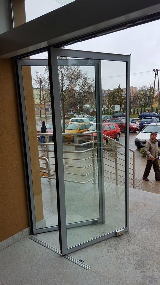 Magistrat ma nowe wejście - Zdjęcie główne