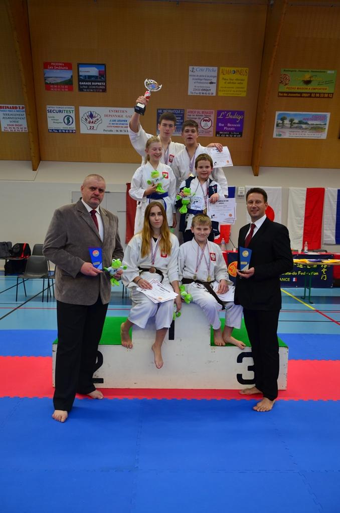 Łęczycki Klub Karate IPPON wraca z Francji z gradem medali! [GALERIA] - Zdjęcie główne