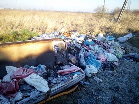 Łęczycanie śmiecą na potęgę - Zdjęcie główne