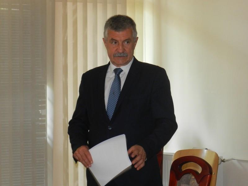 Krzysztof Lipiński z zarzutami! Prokuratura zawiesza burmistrza - Zdjęcie główne