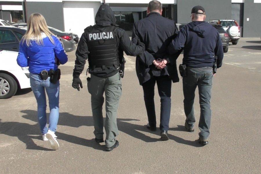Rozbili zorganizowaną grupę przestępczą. Wyłudzili aż 11 mln! - Zdjęcie główne