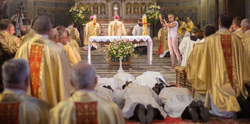 Mężczyźni nie chcą być księżmi czy jest inny powód? Rozmowa z rektorem seminarium - Zdjęcie główne